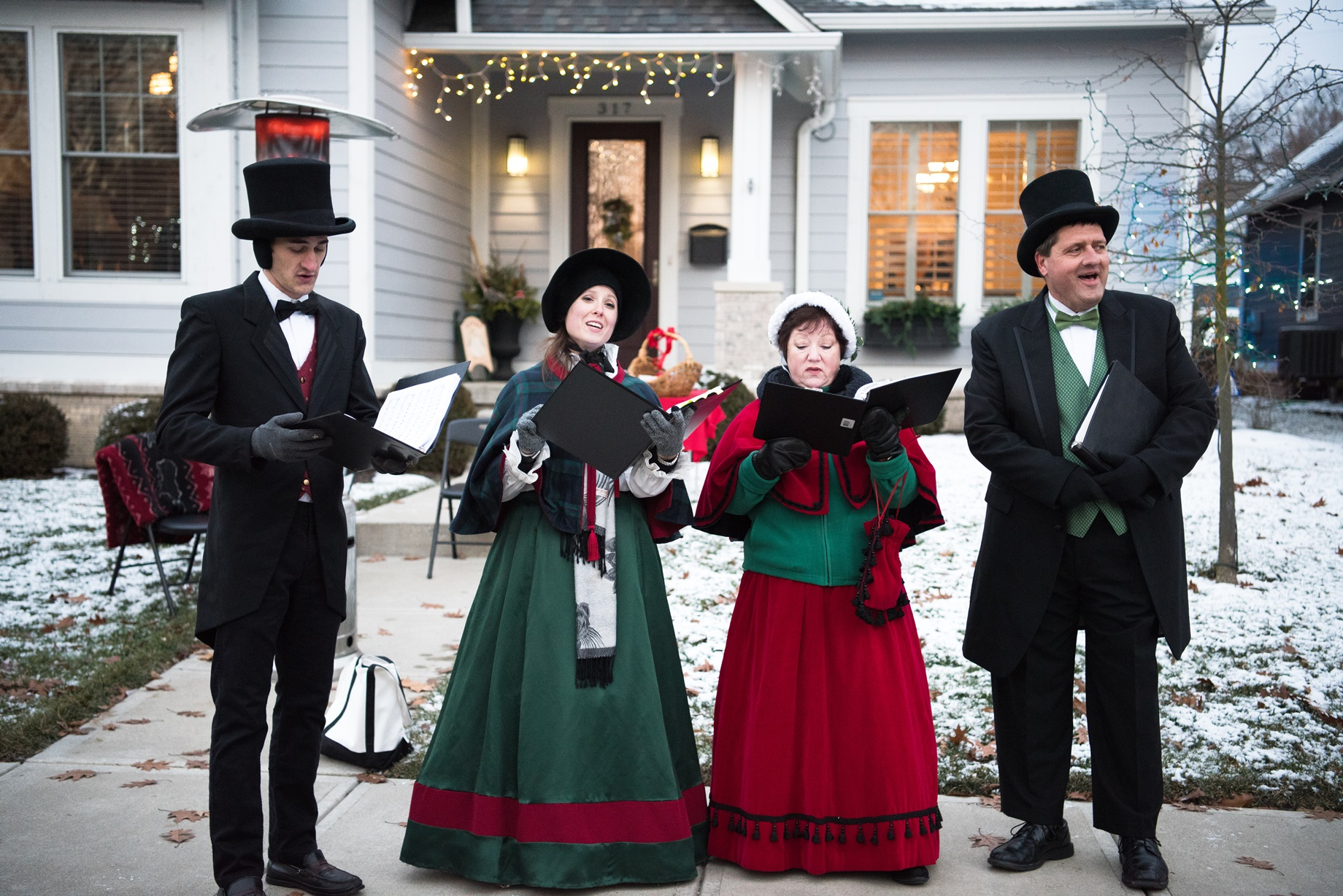 Carolers Holiday Porchfest Carmel 2018